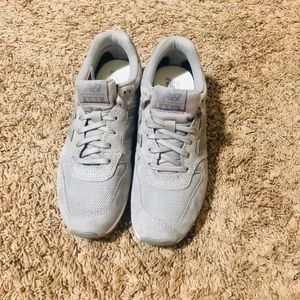 New Balance 696 size 6.5 brand new with tag